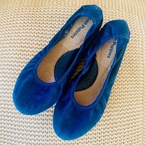 NWOB Hush Puppies Chaste blue suede ballet flats